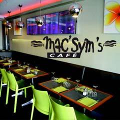 Le Mac Sym's Café